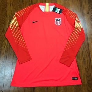 Nike Men's USA Soccer Authentic Jersey 2018 XL